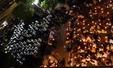백남기 농민 장례식장 주변의 촛불