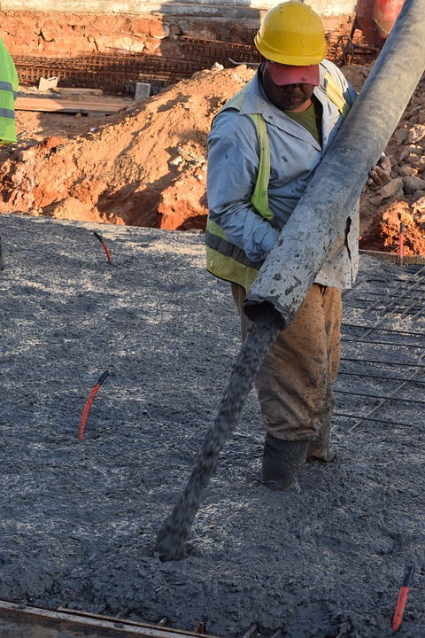 흐르는 돈을 굳히는 콘크리트 효과 - 많은 사람들...