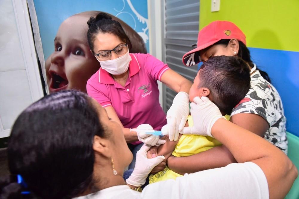 홍역.소아마비 예방접종은 진행중