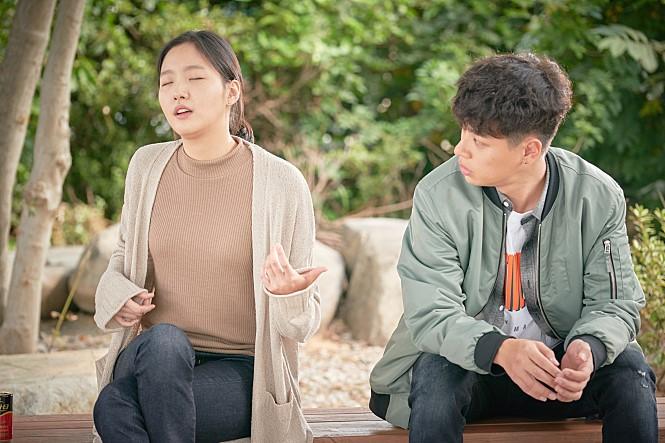 <변산> 배우 박정민 김고은의 단단한 연기에 빠지...