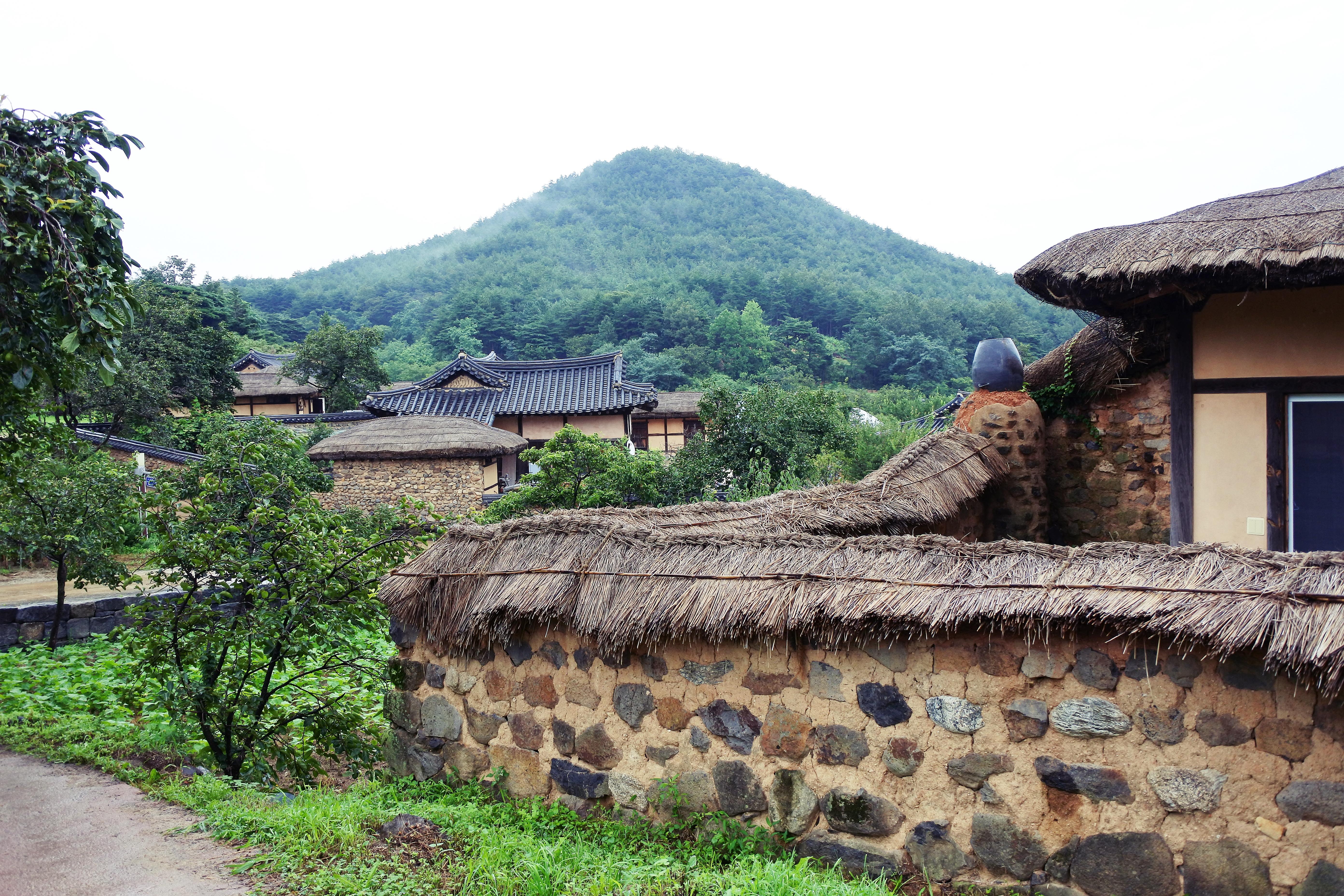 시간이 멈춘 곳, 강원 고성 왕곡마을 - 영화 '동...