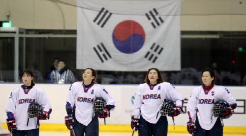 이래도 될까 - 여자 아이스하키 남북단일팀 구성 ...