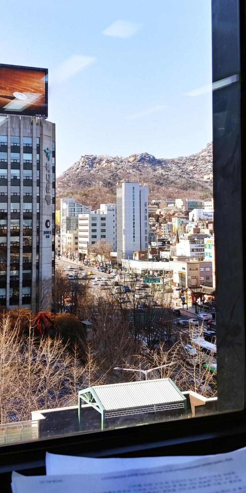 [5년차 기자의 일기]현송월 모피의 딜레마 - 현송...