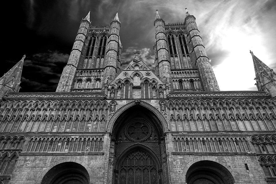 교회인가 왕정국가인가 - 명성교회 합병결의에 대하여