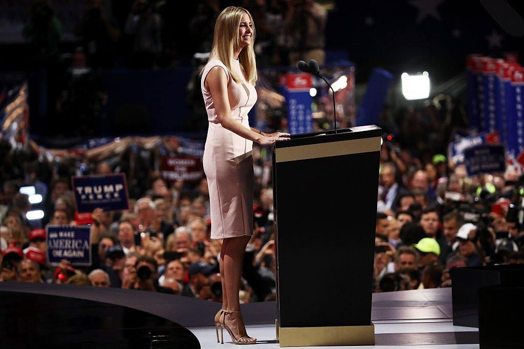 이반카 트럼프, 정치의 패션마케팅, 패션의 정치마...