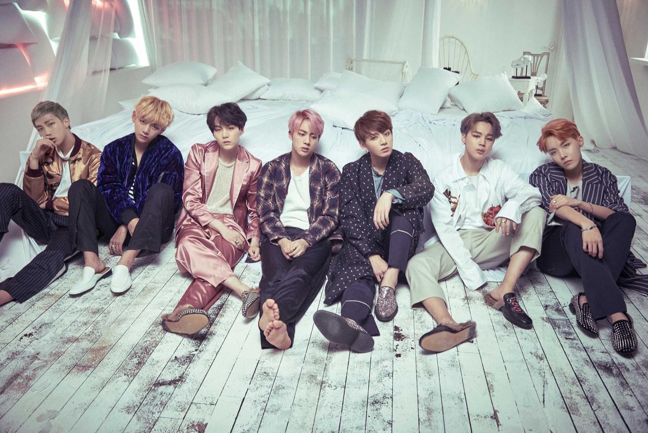방탄소년단(BTS), 나답게 살아가는 7명의 이야기. ...