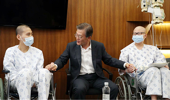 '찾아가는 대통령'과 - '쌍생아' 탁현민 박기영