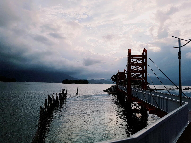뜨겁게 걸었던, 폭우가 내리던 남해 - 여행의 즐거...