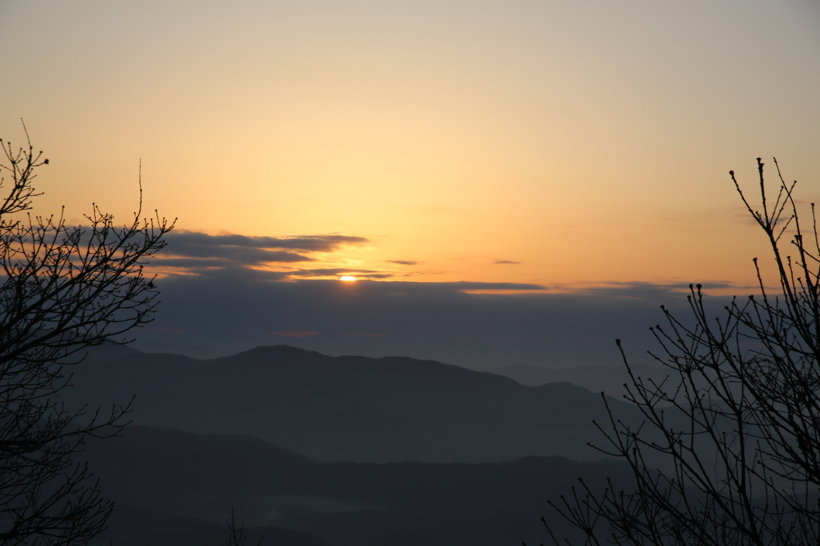 아침 - 흑성산성의 해돋이