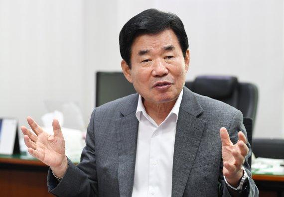 문재인 대통령 팬카페의 김진표 의원 지지 선언 - ...