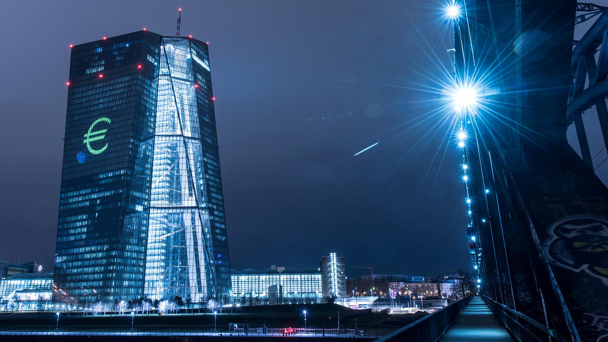 멈출 수 없는 유로의 강세와 ECB의 고민