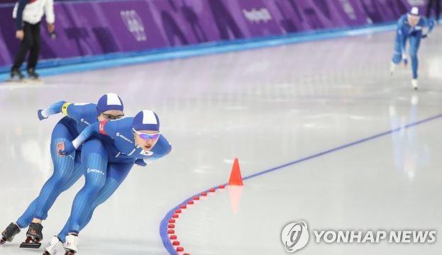 여자스피드스케이팅 '팀추월'에 실망감을 느끼는 ...