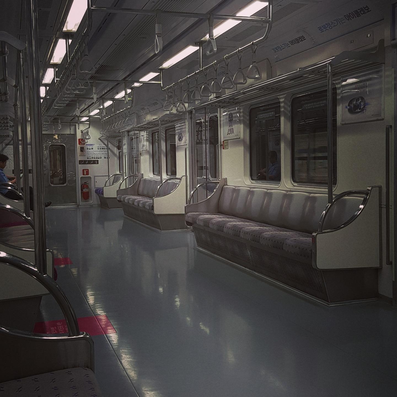 시원한! 지하철이다. 5호선에서...#지하철 #여름