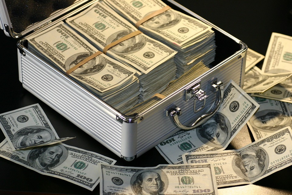 114 돈 세탁 - (2011년 3월 28일 칼럼 기고분)