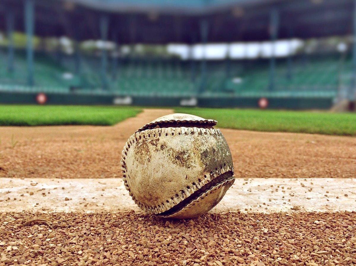 다시 돌아온 프로야구 시즌, 야구 게임도 함께 뛴...