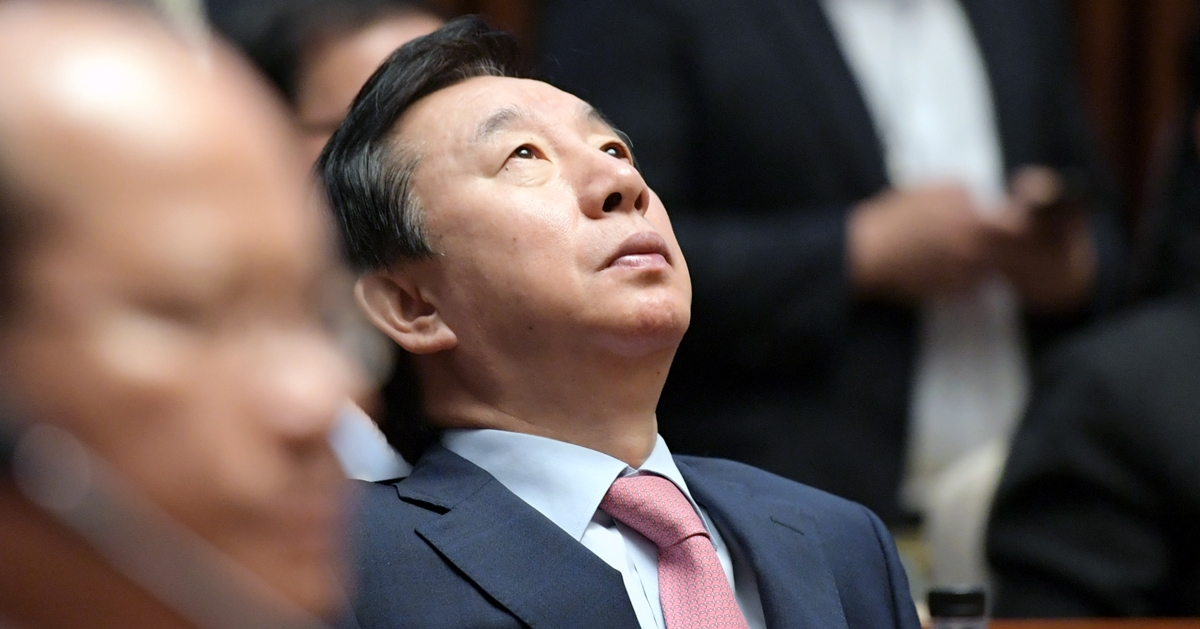 김성태 원내대표, 어쩌다 이리 됐는가. - 경제학산책