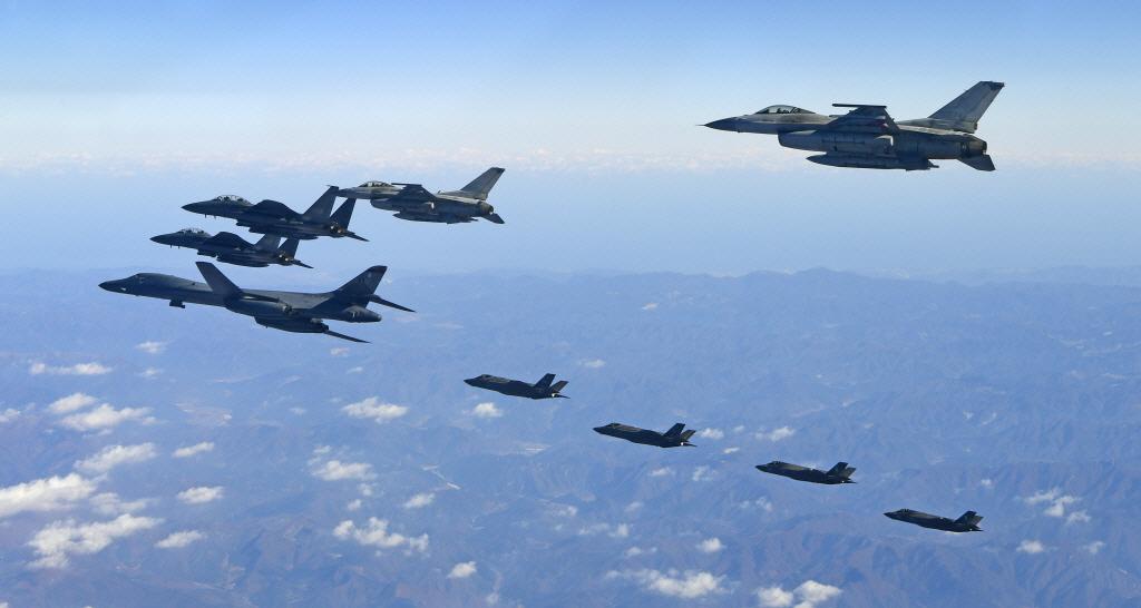 한국과 미국의 주요 전략무기의 가치