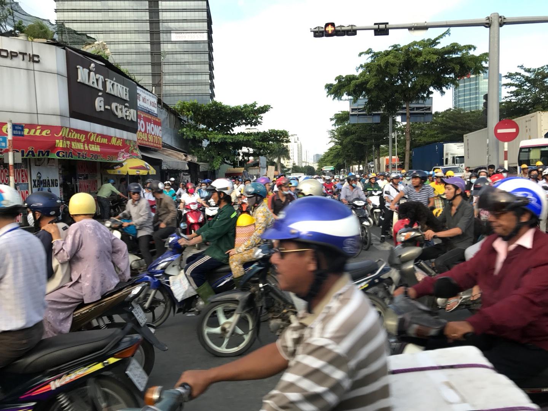 오토바이 천국, 베트남 - 베트남 생활 보고서