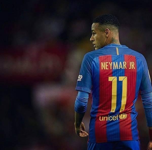 """네이마르, """"함께 뛰고 싶은 레알 선수는 마르셀로"""""""