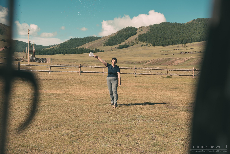 수천 방울의 따뜻함 - 2017 몽골 여행(6/16-17)