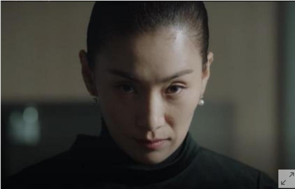 지금까지 이런 배우는 없었다. 배우 김서형의 재발...