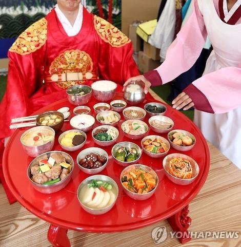 점심은 왕처럼!? 조선시대 왕들의 식사는?   1boon