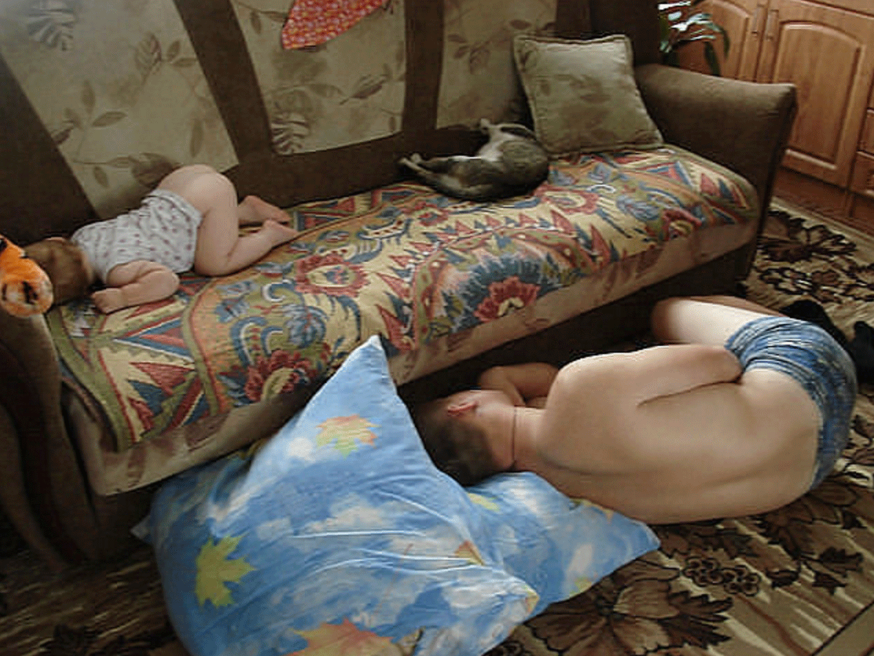 Сын пришел а мама спит 12 фотография