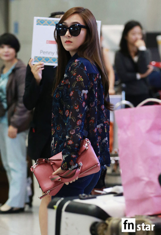 Airport Fashion )) JESSICA (ex.SNSD)