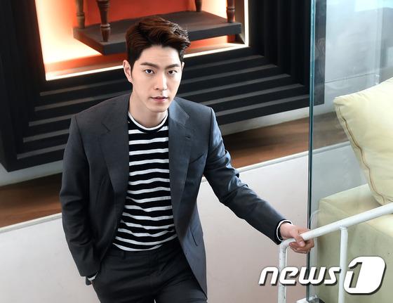 배우 홍종현이 '달의 연인' 출연을 검토 중이다. © News1star/권현진 기자