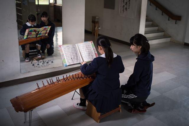 고리야마에 있는 후쿠시마조선초중급학교. 후쿠시마 내 유일한 조선학교로, 사고 뒤에는 니가타현으로 교실을 옮겨 수업을 했지만 5년이 지난 지금은 정상수업을 하고 있다. 피에르 엠마뉴엘 델레트헤 프리랜서 기자 pedeletree@gmail.com