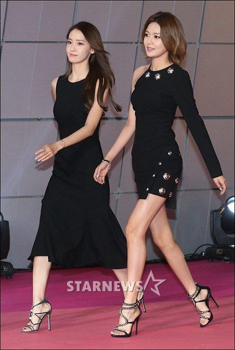 [★포토]윤아-수영 '몸매 최강 소녀들'