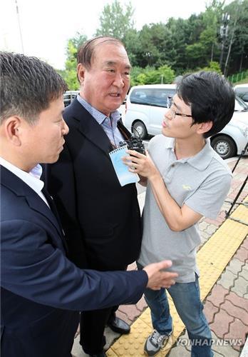 http://t1.daumcdn.net/news/201607/07/yonhap/20160707154827600oolf.jpg