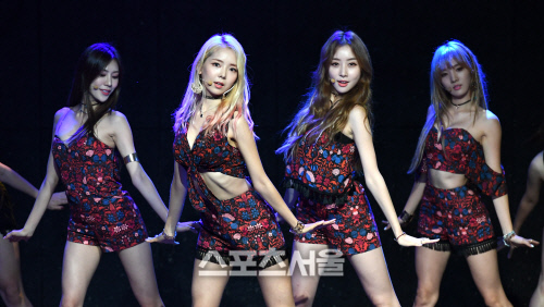 #music ♥ [SS포토]스텔라 효은, 얼마나 말랐길래..