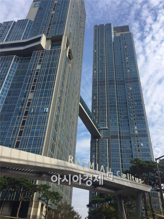 ▲ 서울 용산구 이촌동에 위치한 렉스아파트를 1대1 재건축한 래미안 첼리투스