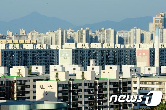 서울 강남구 재건축 아파트 단지 모습. © News1 임세영 기자
