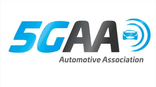 삼성전자는 5세대(G) 이동통신 기술 기반의 커넥티드카 상용화를 추진하는 '5G자동차협회(5GAA, 5G Automotive Association)'의 신규 이사회 멤버로 선임됐다고 19일 밝혔다.  5GAA 로고. <삼성전자 제공&gt;