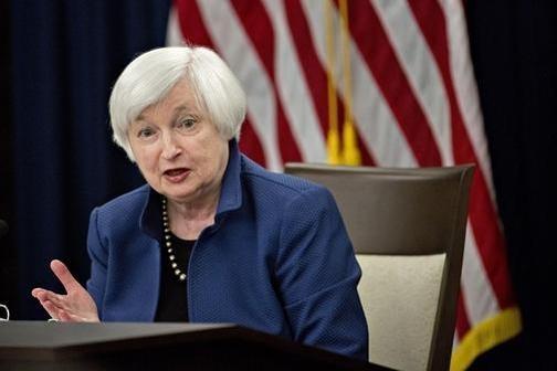재닛 옐런 연방준비제도 의장이 올해 3월 정례 FOMC를 마친 뒤 기자회견을 진행하고 있다. / 블룸버그 제공