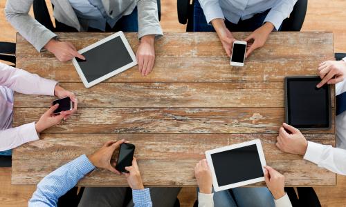 [건강+] 스마트폰 끼고 사는 현대인.. 'VDT 증후군' 주의보 #세계일보