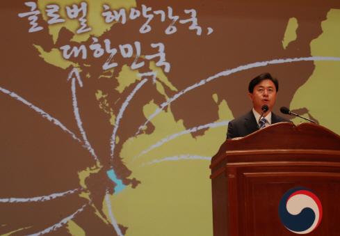 김영춘 '국토장관과 바닷모래 즉각 협의'..PK 술렁(종합) #이데일리