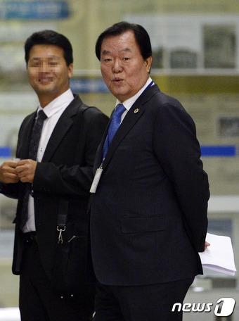 '노무현도 8천억 걷었다' 김경재 자유총연맹 총재 재판에 #뉴스1