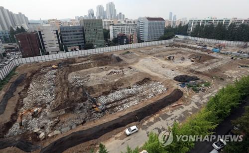 사진은 8일 오후 재건축이 진행되고 있는 신반포 6차 단지[연합뉴스 자료사진]