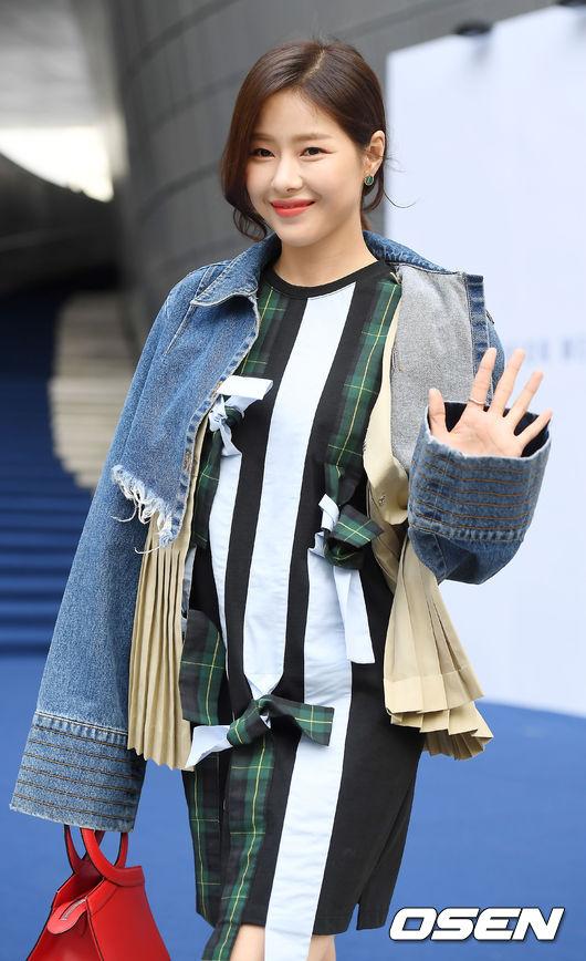 [단독] 박하나, '란제리 소녀시대' 출연 확정..보나 이모 役