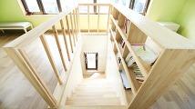 복층구조에 포인트가 되는 계단 디자인 이미지