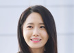 [포토엔]소녀시대 윤아 '팬들에게 뿌리는 꽃미소'(공항패션)