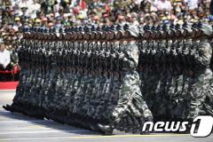"""""""中, 北 국경에 병력 10만 집결..2급 전비태세"""""""