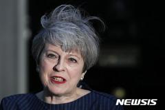 "EU 측 ""메이 英 총리, 노 딜 브렉시트 원하지 않아"""
