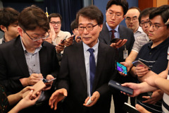 김상조 이어 장하성 '삼성 저격수' 전면 배치