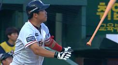 '개인 최다 13홈런' 정근우, 박종훈 상대로 그랜드슬램 폭발 / 2회말