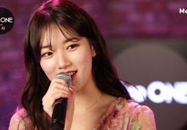 수지 '행복한 척' 최초 공개 생방송 다시 보기 [Live ONE]