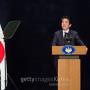 아베, 일왕 '생전퇴위' 표명 못막은 궁내청 장관 해임